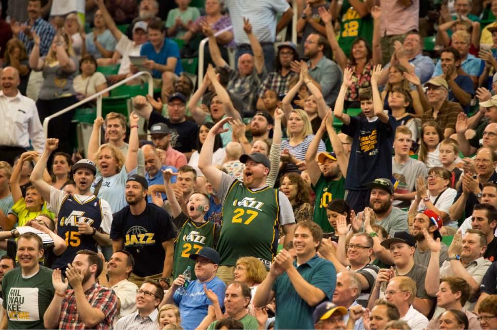 f511b2ae891 Rick Egan | The Salt Lake Tribune Utah Jazz fans cheer as Utah Jazz guard  Bryce