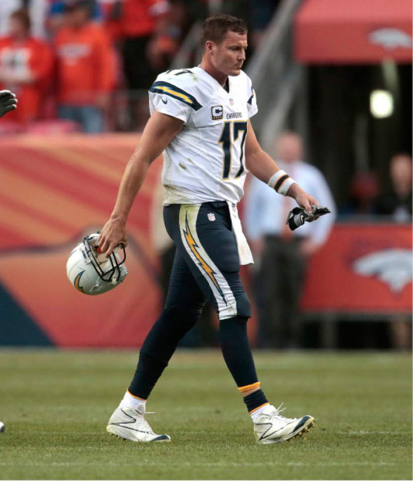 San Diego Chargers Football Field: NFL: Broncos' 27-19 Win Over Chargers Sets Up Showdown In