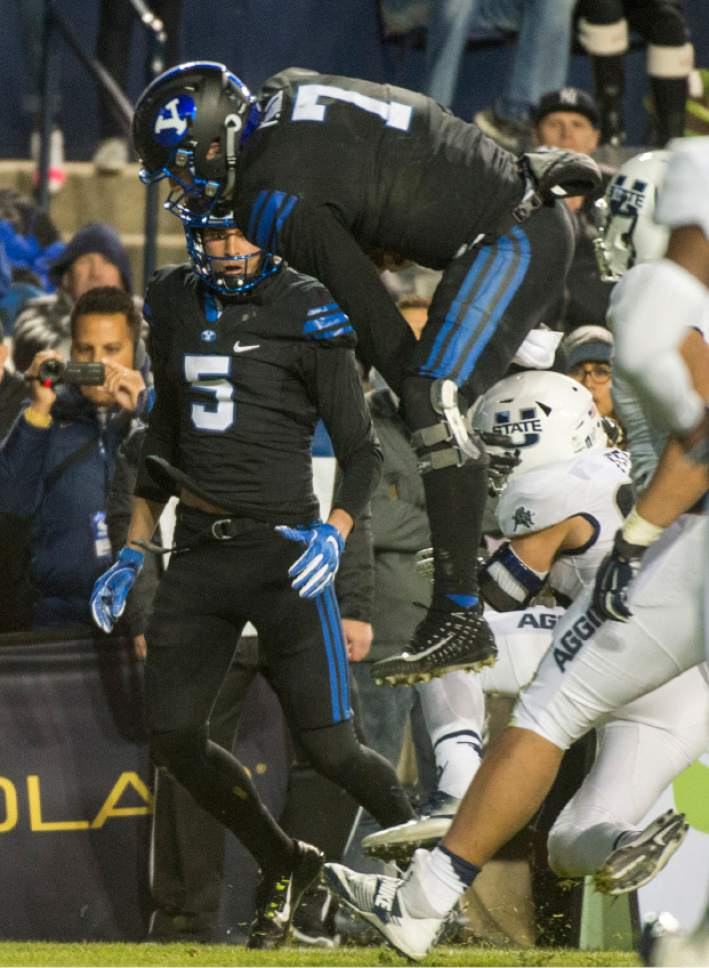 fourth quarterback BYU season-ending suffers  injury Hill