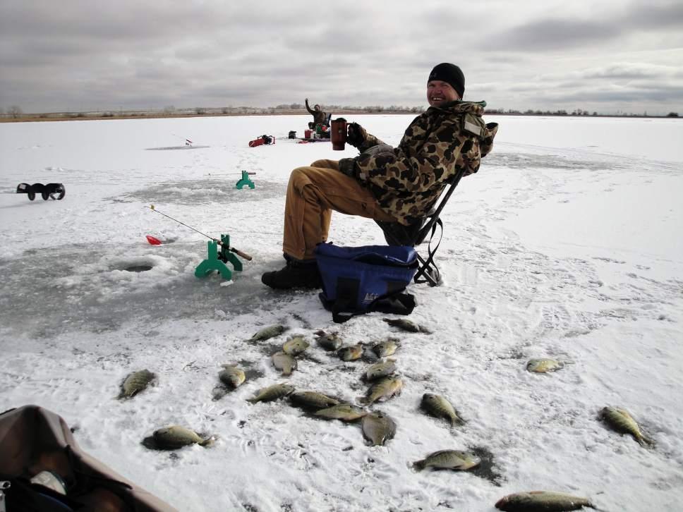 Dwr to host ice fishing clinic the salt lake tribune for Cabela s ice fishing