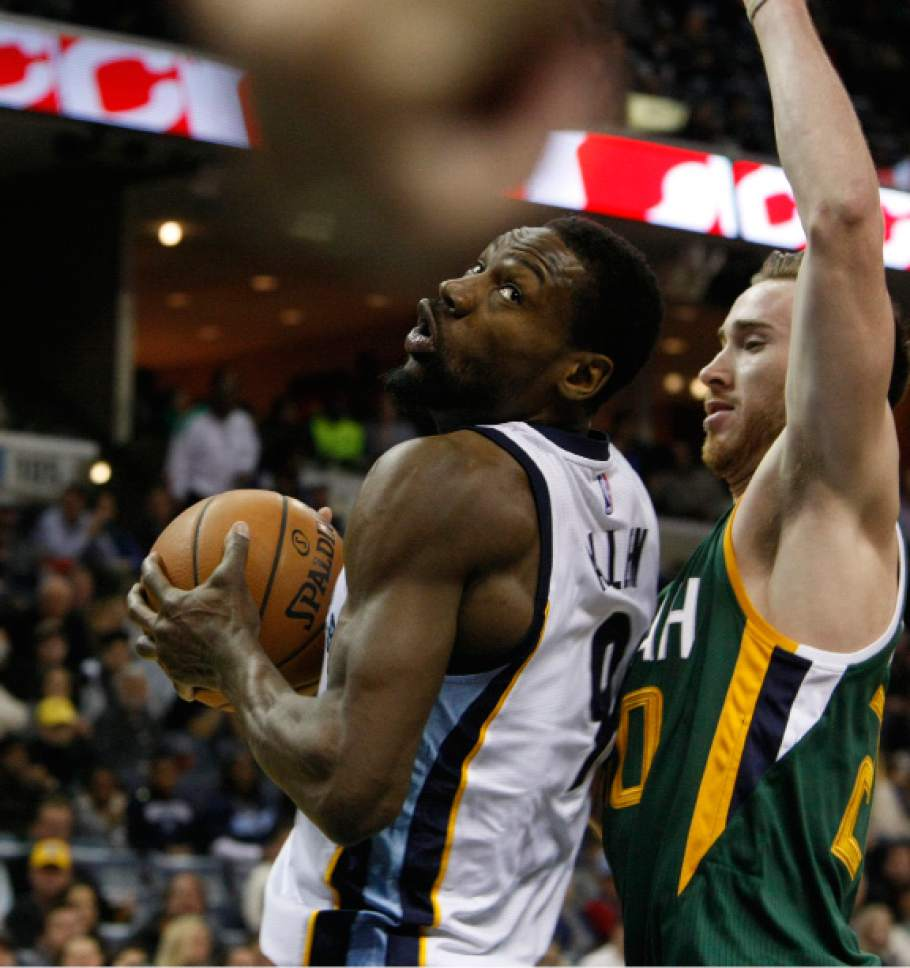 Memphis Grizzlies Tony Allen (9) takes a shot while Utah Jazz Gordon Haywood (20) defends in the first half of an NBA basketball game Sunday, Dec. 18, 2016, in Memphis, Tenn. (AP Photo/Karen Pulfer Focht)