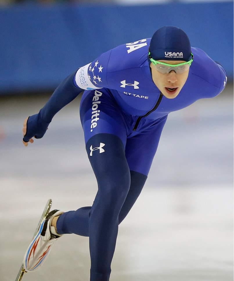 Brian Hansen competes in the men's 1,500 meters U.S. long track speedskating championship at Utah Olympic Oval, Saturday, Jan. 7, 2017, in Kearns, Utah. (AP Photo/Rick Bowmer)