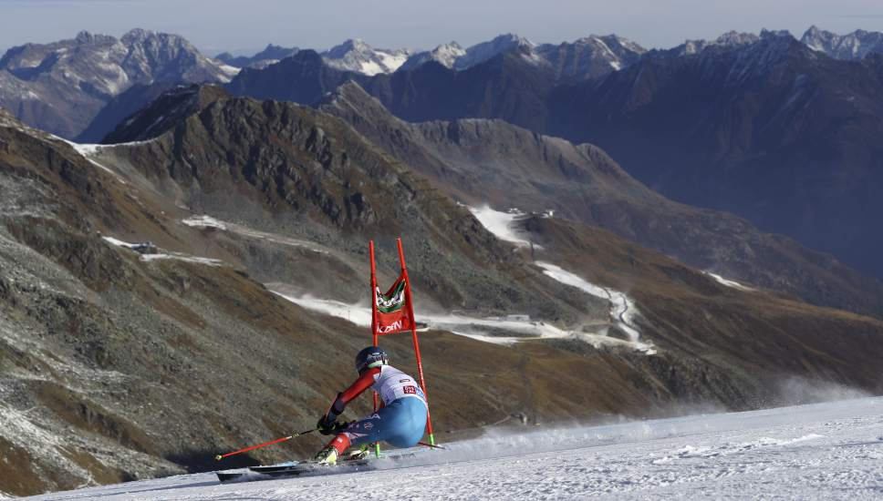 Ted Ligety, of the United States, competes during the first run of an alpine ski, men's World Cup giant slalom, in Soelden, Austria, Sunday, Oct. 23, 2016. (AP Photo/Alessandro Trovati)