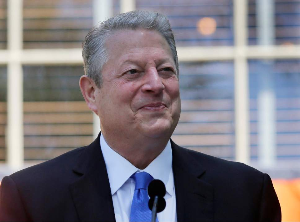 FILE - In this June 2, 2014 file photo, former Vice President Al Gore addresses the class of 2014 at Princeton University's Class Day in Princeton, N.J.   (AP Photo/Mel Evans, File)