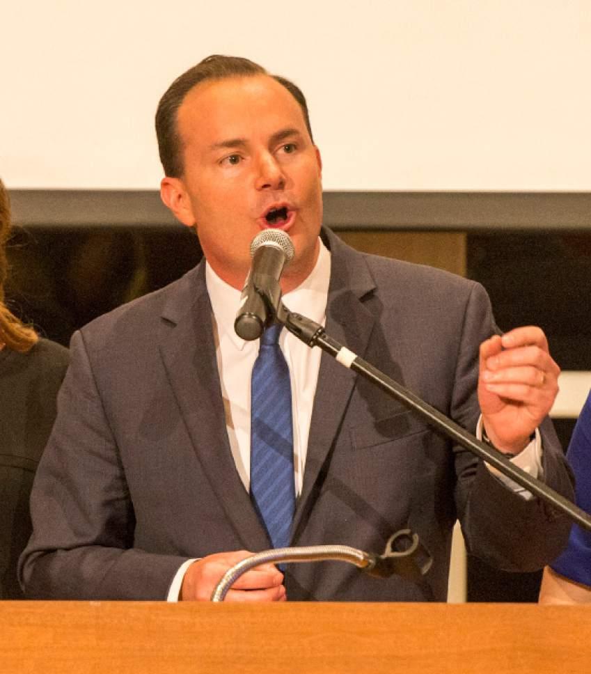 Rick Egan     The Salt Lake Tribune  Mike Lee gives a speech at Noah's, in South Jordan, Tuesday, November 8, 2016.