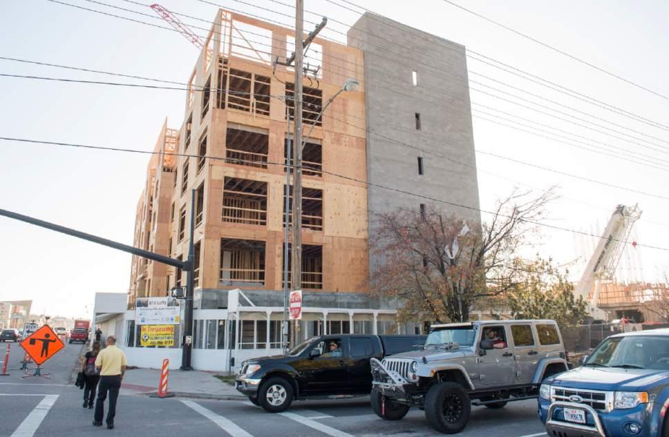 Rick Egan     The Salt Lake Tribune The 616 Lofts housing development under construction at 600 South State in Salt Lake City, Friday, November 11, 2016.