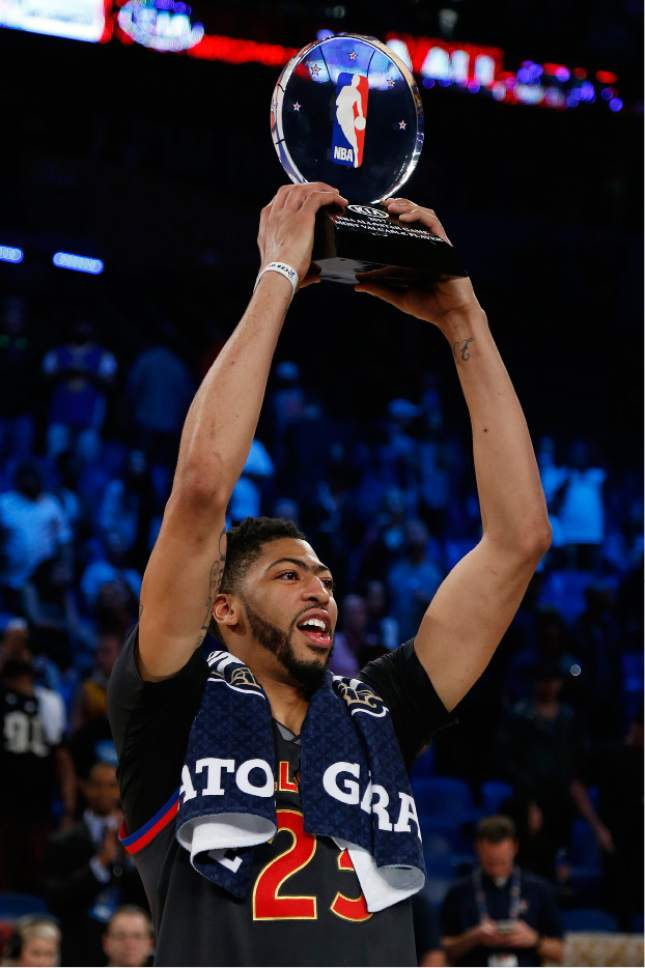 Western Conference Forward Anthony Davis Of The New Orleans Pelicans 23 Lifts