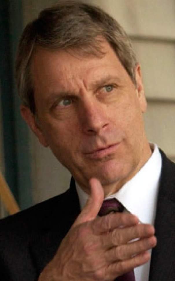 Nolan Karras Ô Chairman of Education First
