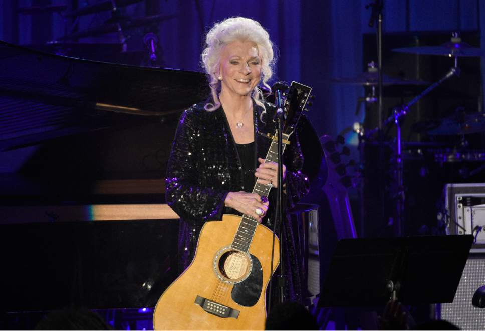 Judy Collins performs at the Clive Davis and The Recording Academy Pre-Grammy Gala at the Beverly Hilton Hotel on Saturday, Feb. 11, 2017, in Beverly Hills, Calif. (Photo by Chris Pizzello/Invision/AP)