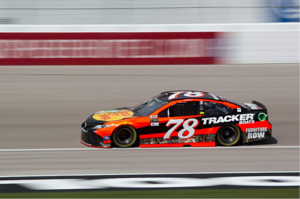 Nascar Keselowski On Pole For Las Vegas Stop Truex Jr