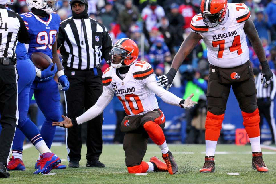 NFL: Glennon gets Bears job, RG3 gets walking papers - The ...
