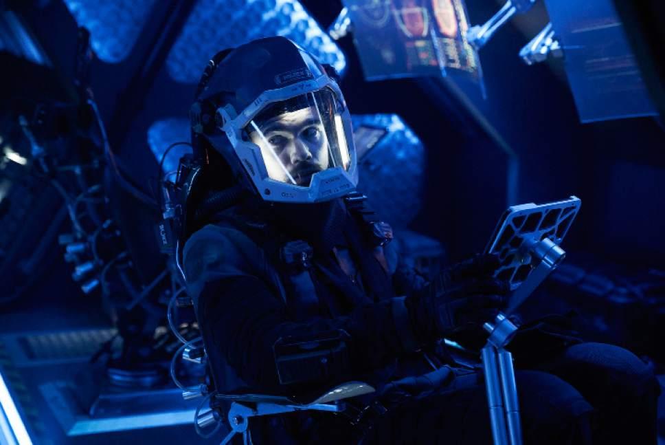 """Shane Mahood     Syfy  Steven Strait as James Holden in """"The Expanse."""""""