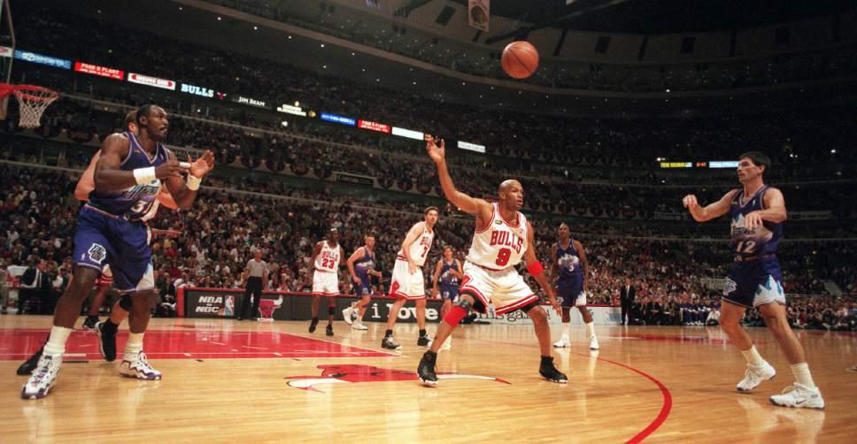 NCAA Tournament: Zags call Jazz legend John Stockton a ...