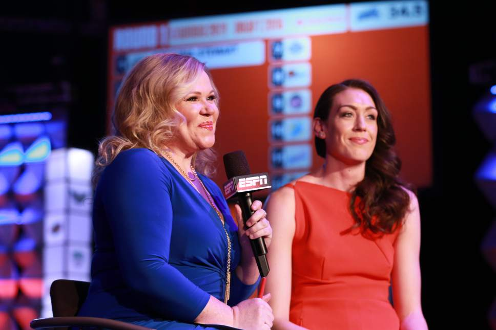 Allen Kee  |  ESPN Images Holly Rowe interviews Breanna Stewart during the 2016 WNBA Draft in Uncasville, Conn., on April 14, 2016.