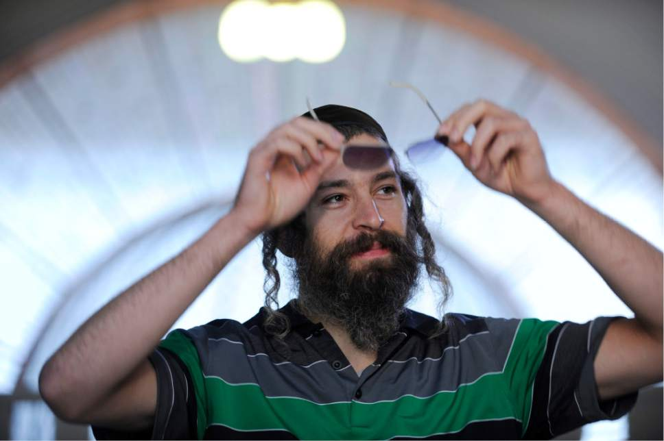 Matthew Paul Miller aka Matisyahu reacts during an interview in Budapest, Hungary, Friday, Sept. 3, 2010.  (AP Photo/MTI, Zsolt Demecs)