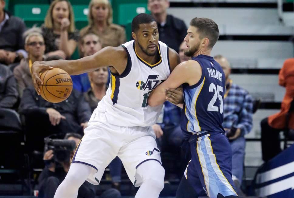 Utah Jazz Notes: Team 'hopeful' Derrick Favors Could