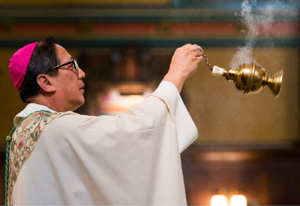 Rick Egan  |  The Salt Lake Tribune  The Most Reverend Oscar A. Solis' presides over the Easter Sunday of the Resurrection of the Lord Mass, at the Cathedral of the Madeleine, Sunday, April 16, 2017.