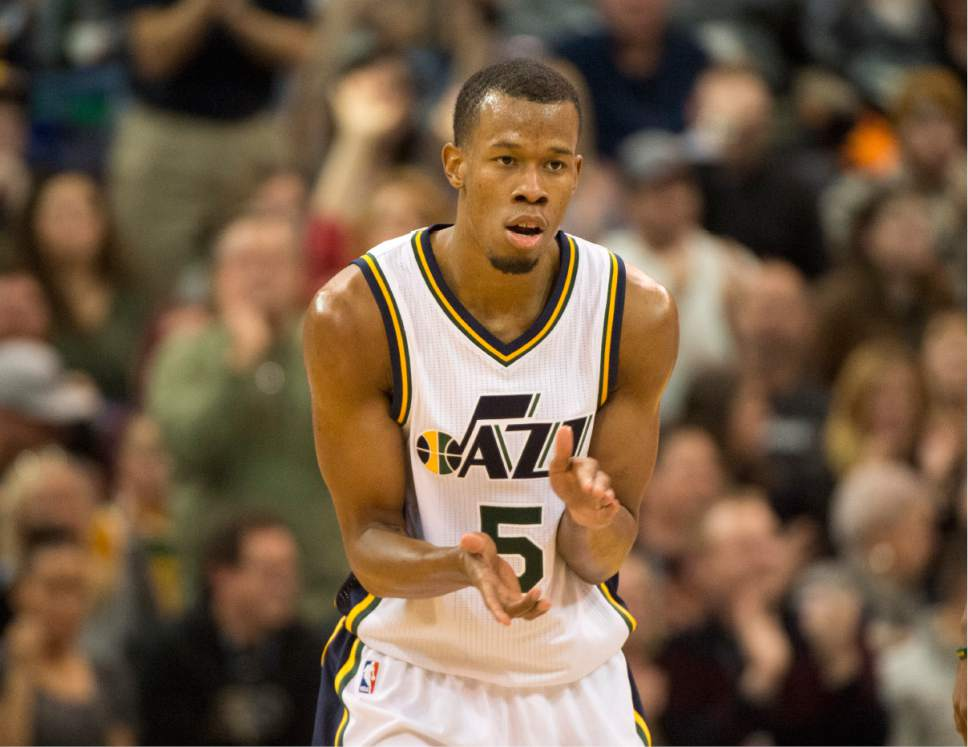 Rick Egan  |  The Salt Lake Tribune  Utah Jazz guard Rodney Hood (5) gets the team fired up as he puts the Jazz up by 4 with  5:41 left in the game, with a 3-point shot. The Jazz went on to win 92-87, in NBA action Utah Jazz vs. The Memphis Grizzlies in Salt Lake City, Saturday, January 2, 2016. Hood finished with 32 points.