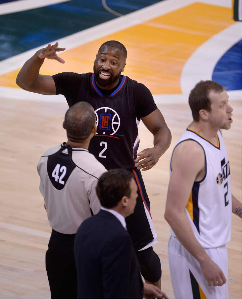 Scott Sommerdorf   The Salt Lake Tribune LA Clippers guard Raymond Felton (2) complains to a referee about a foul call during first half play. Utah took a 58-49 lead at the half of Game 3 of the Western Conference playoff series, Friday, April 21, 2017.