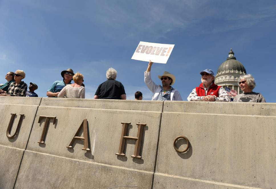 Leah Hogsten  |  The Salt Lake Tribune  March for Science Salt Lake City and other leading scientific, academic, and educational institutions and organizations from Utah strolled up State Street to the Utah Capitol to  highlight the benefit of science within society, and to encourage legislators to use evidence-based science in the policy-making process in celebration of Earth Day, April 22, 2017.