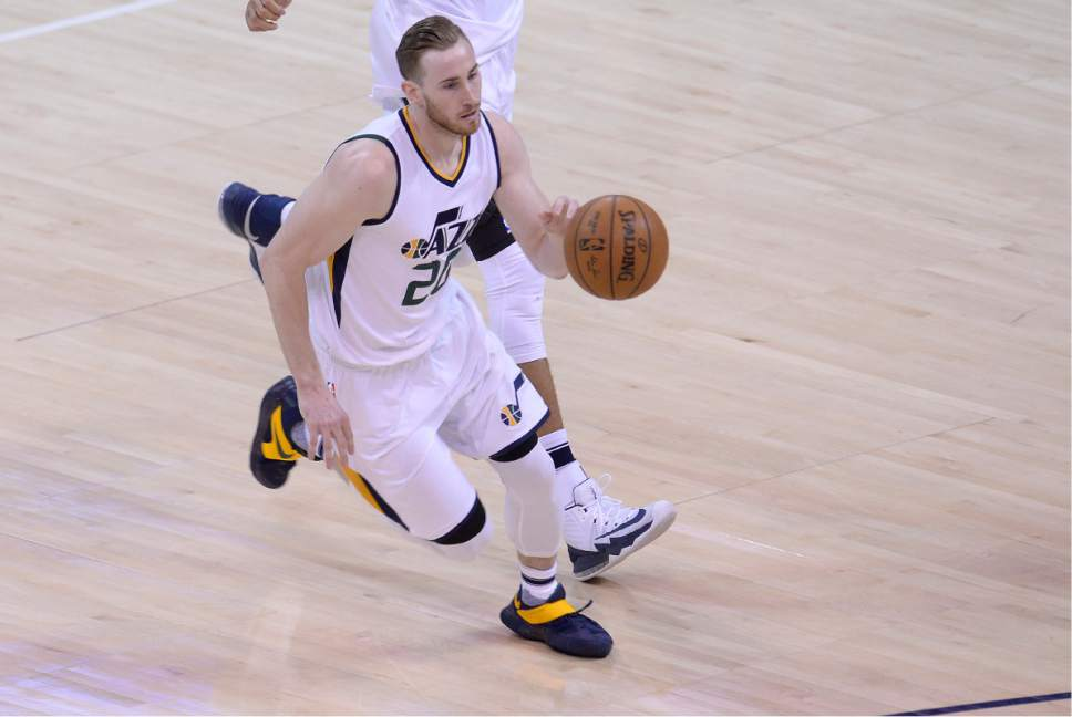 Scott Sommerdorf | The Salt Lake Tribune Utah Jazz forward Gordon Hayward (20) sat out much of the game with an illness. The Utah Jazz trailed the LA Clipper 26-24 at the end of the first period of Game 4 of the Western Conference playoffs, Sunday, April 23, 2017.
