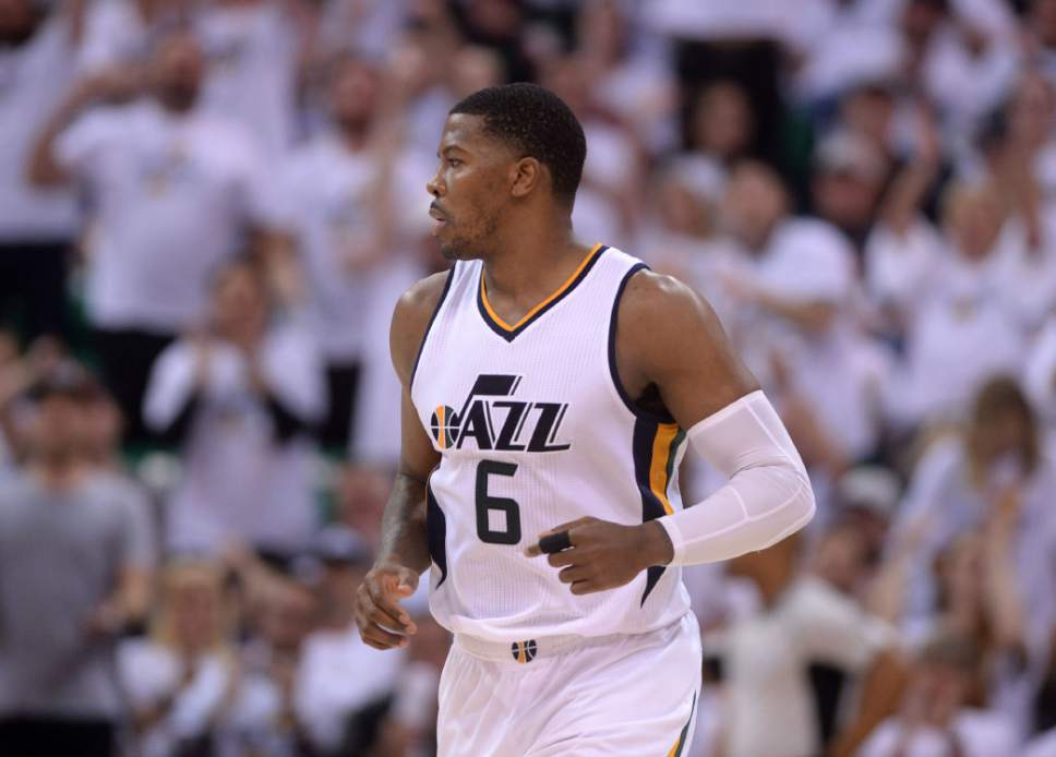 eea17ac4a63 Steve Griffin | The Salt Lake Tribune Utah Jazz forward Joe Johnson (6) runs