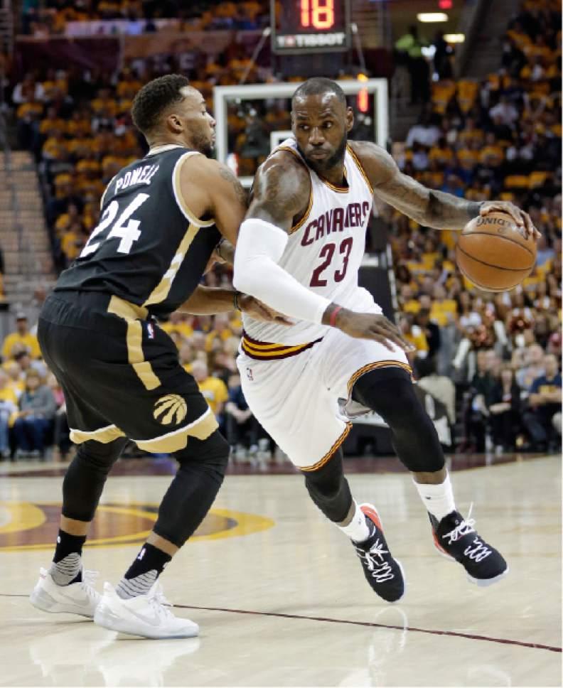 NBA Playoffs: LeBron Scores 39, Cavaliers Rout Raptors 125