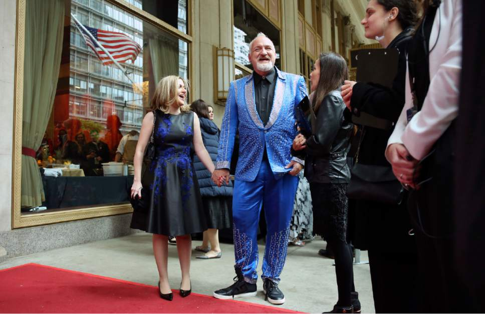 Art Smith arrives at the James Beard Awards on Monday, May 1, 2017, in Chicago. (Brian Cassella/Chicago Tribune via AP)