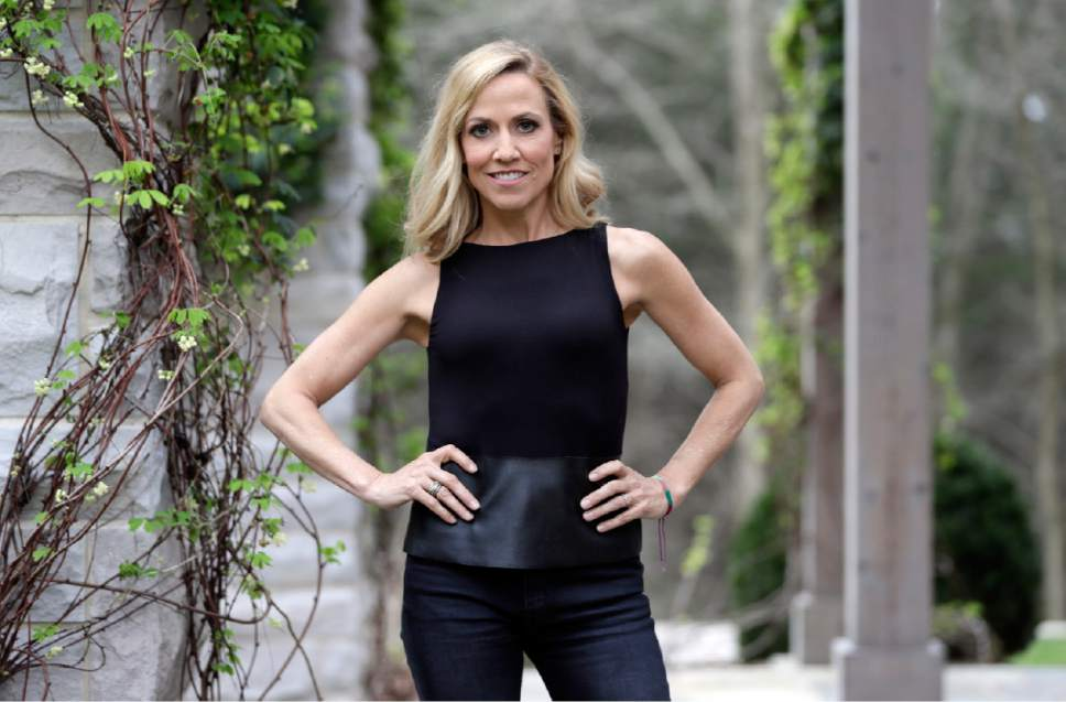 "In this March 21, 2017, photo, Sheryl Crow poses in Nashville, Tenn., to promote her upcoming album, ""Be Myself,"" out April 21.  (AP Photo/Mark Humphrey)"