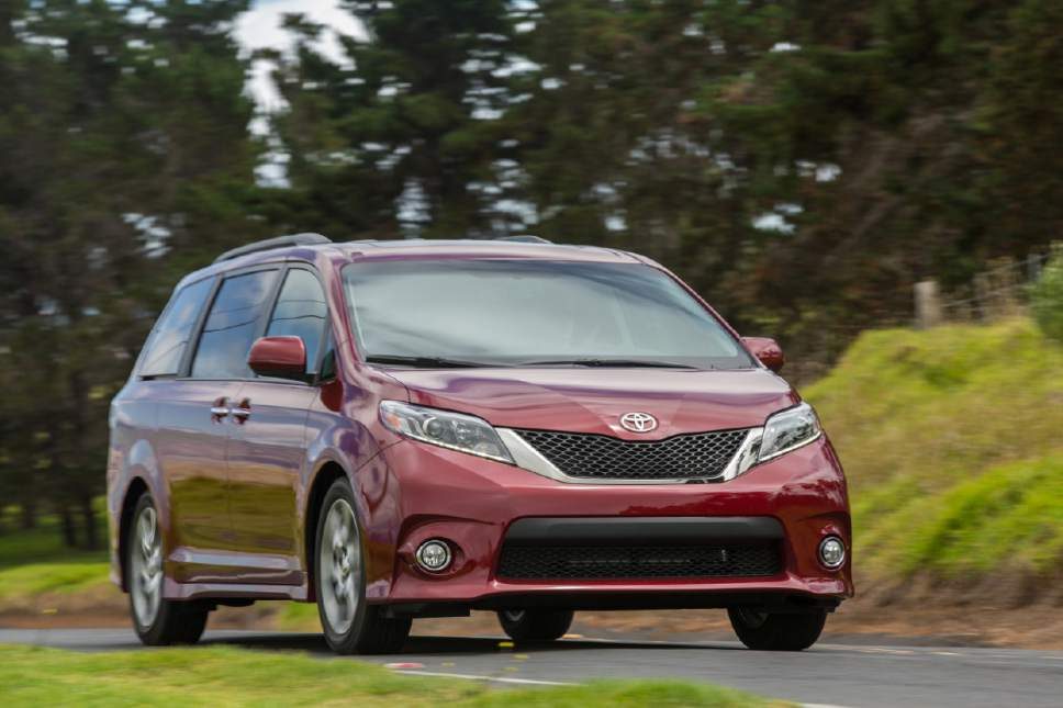 Exceptional This Photo Provided By Toyota Shows The 2017 Toyota Sienna SE. Toyotau0027s  Sienna Van Adds