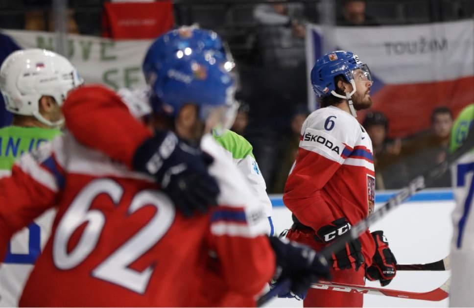 Hockey: France beats Belarus, Germany loses to Denmark ...