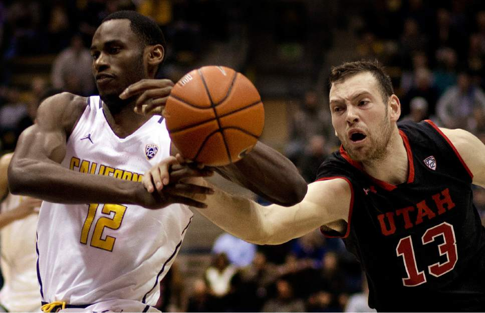 Utah's David Collette, right, knocks the ball from California's Roger Moute A Bidias (12) in the first half of an NCAA college basketball game Thursday, Feb. 2, 2017, in Berkeley, Calif. (AP Photo/Ben Margot)
