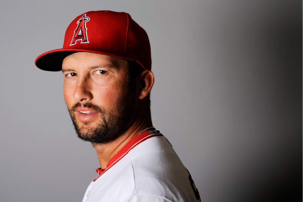 FILE - This is a 2016, file photo showing Huston Street of the Los Angeles Angels baseball team. Angels closer Huston Street has undergone season-ending arthroscopic surgery on his right knee. Street had surgery to repair a torn meniscus Wednesday, Aug. 24, 2016,  in his native Texas. (AP Photo/Chris Carlson, File)