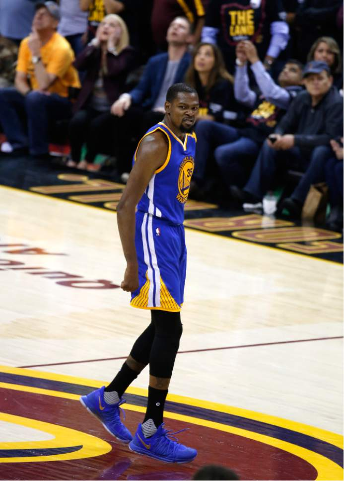 59142e838 Golden State Warriors forward Kevin Durant (35) reacts in the closing  moments against the. Cleveland Cavaliers ...