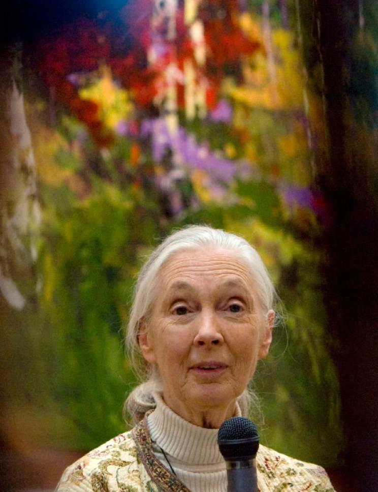 Dr. Jane Goodall Ô British primatologist and anthropologist