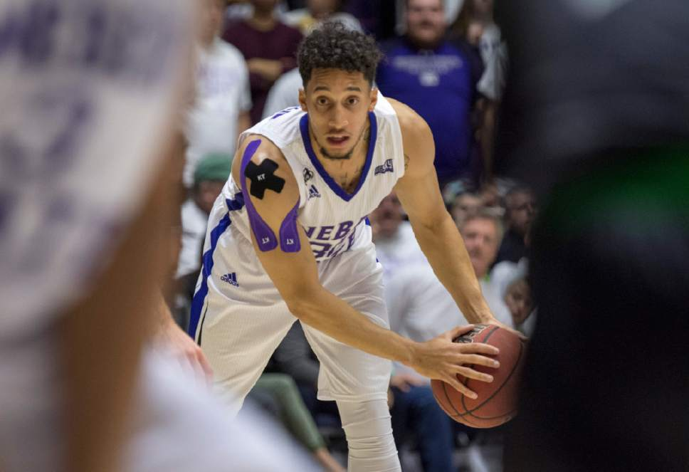 Rick Egan  |  The Salt Lake Tribune  Weber State Wildcats guard Jeremy Senglin (30), in basketball action, Weber State Wildcats vs Utah Valley Wolverines, in Ogden, Saturday, December 17, 2016.