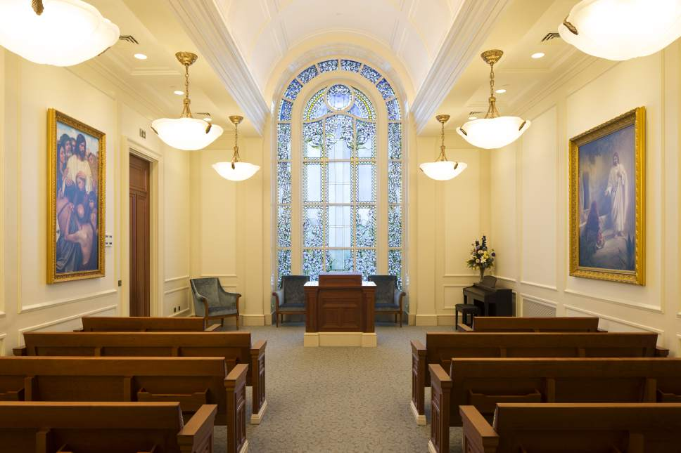 Intellectual Reserve Inc. | Courtesy of the Church of Jesus Christ of Latter-day Saints Chapel of the Temple of Paris.