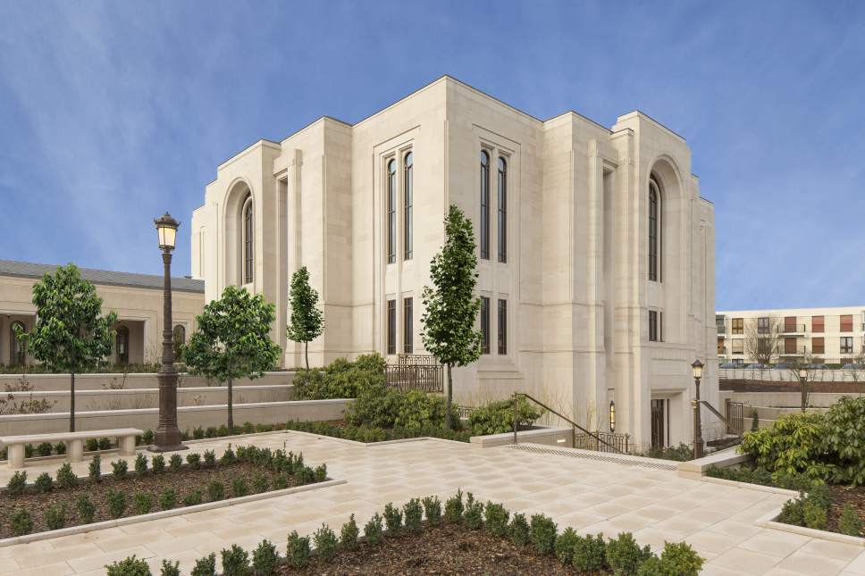 Intellectual Reserve Inc. | Courtesy of the Church of Jesus Christ of Latter-day Saints View of the exterior of the Temple of Paris.