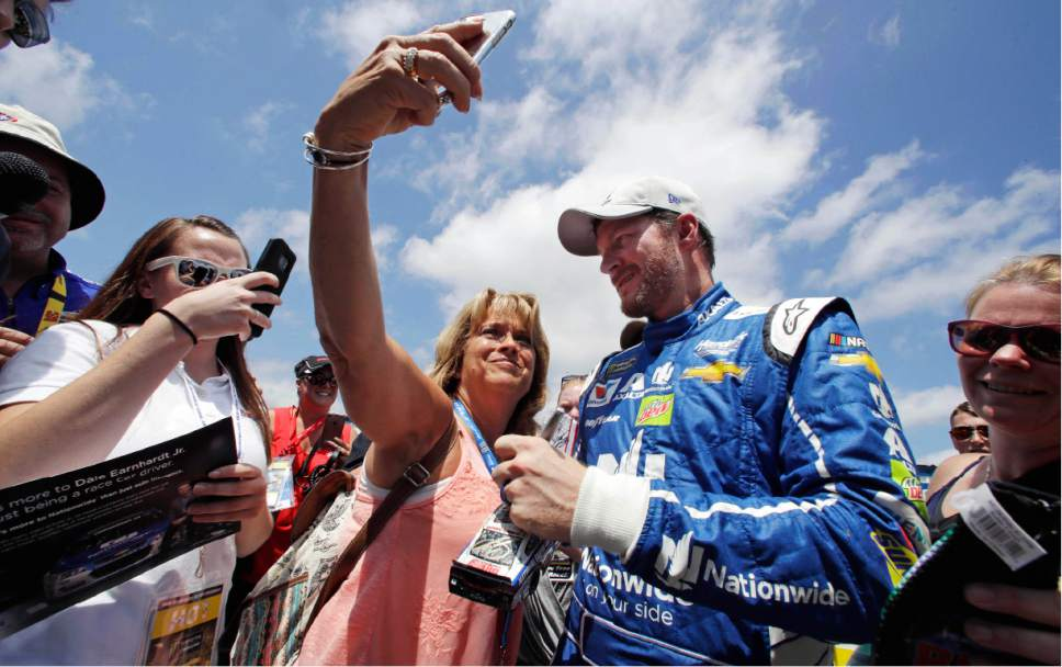 Earnhardt jr 39 s wife says competing in clash not worth for Speedway motors lake charles