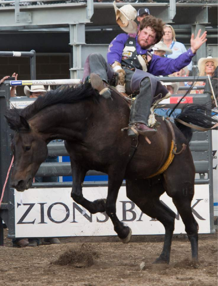 Cowboys Go For The Gold In Days Of 47 Rodeo Finals The