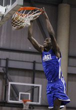 Isaac Brekken  |   Express-News Jeremy Evans competes during an Impact basketball game Wednesday in Las Vegas.