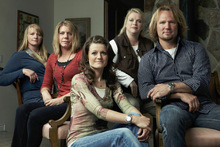 Kody Brown, right, with sister wives (left to right) Christine, Meri, Robyn and Janelle. (Courtesy photo, by Joe Pugliese for TLC)