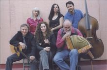 Photo courtesy of Roz Newmark The musicians of Red Rock Rondo. Back row, clockwise: Charlotte Bell, Flavia Cerviño-Wood, Harold Carr, Hal Cannon, Kate MacLeod, Phillip Bimstein.