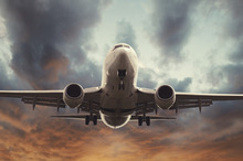 A new study by a BYU business scholar finds that airlines are at their great risk of an accident when they are meeting their financial goals, shedding new light on organizational risk taking relative to profitability. Photo courtesy of Brigham Young University.