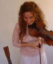 Kate MacLeod will perform at the Beehive Tea Room.