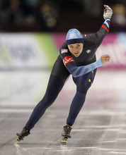 USA's Heather Richardson skates to a third place finish in the women's 500m race at the World Cup speed Skating event Saturday, Jan 21, 2012, in Kearns, Utah. (AP Photo/George Frey)
