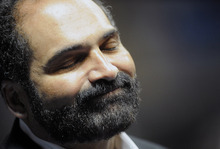 Former Penn State and Pittsburgh Steelers player Franco Harris attends the Joe Paterno memorial service on Thursday, Jan. 26, 2012, in State College, Pa. Paterno, the former Penn State football coach, died on Sunday from lung cancer. (AP Photo/York Daily Record, Jason Plotkin) YORK DISPATCH OUT