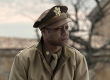 In this image released by 20th Century Fox, Cuba Gooding Jr portrays Major Emmanuel Stance in a scene from the film,