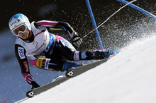 Julia Mancuso, of the United States, speeds down the course during an alpine ski, women's World Cup super-G, in Schladming, Austria, Thursday, March 15, 2012. Mancuso finished in second place. (AP Photo/Shinichiro Tanaka)