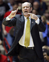 Vanderbilt head coach Kevin Stallings instrucst his team against Wisconsin during the first half of an NCAA tournament third-round college basketball game on Saturday, March 17, 2012, in Albuquerque, N.M. (AP Photo/Matt York)